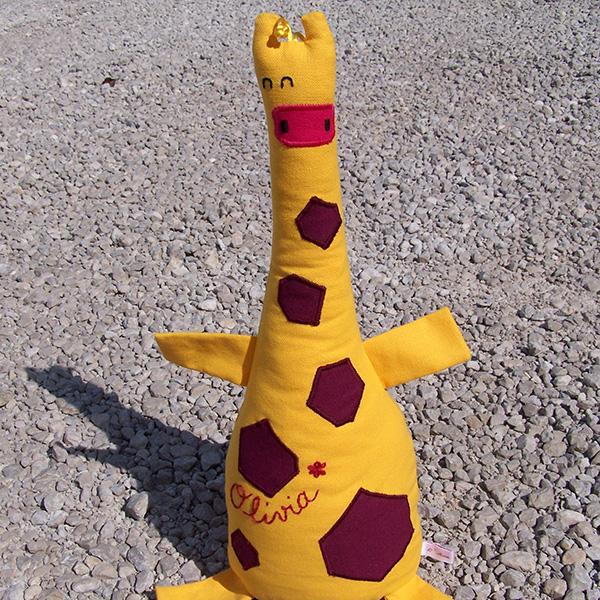 doudou girafe en quille